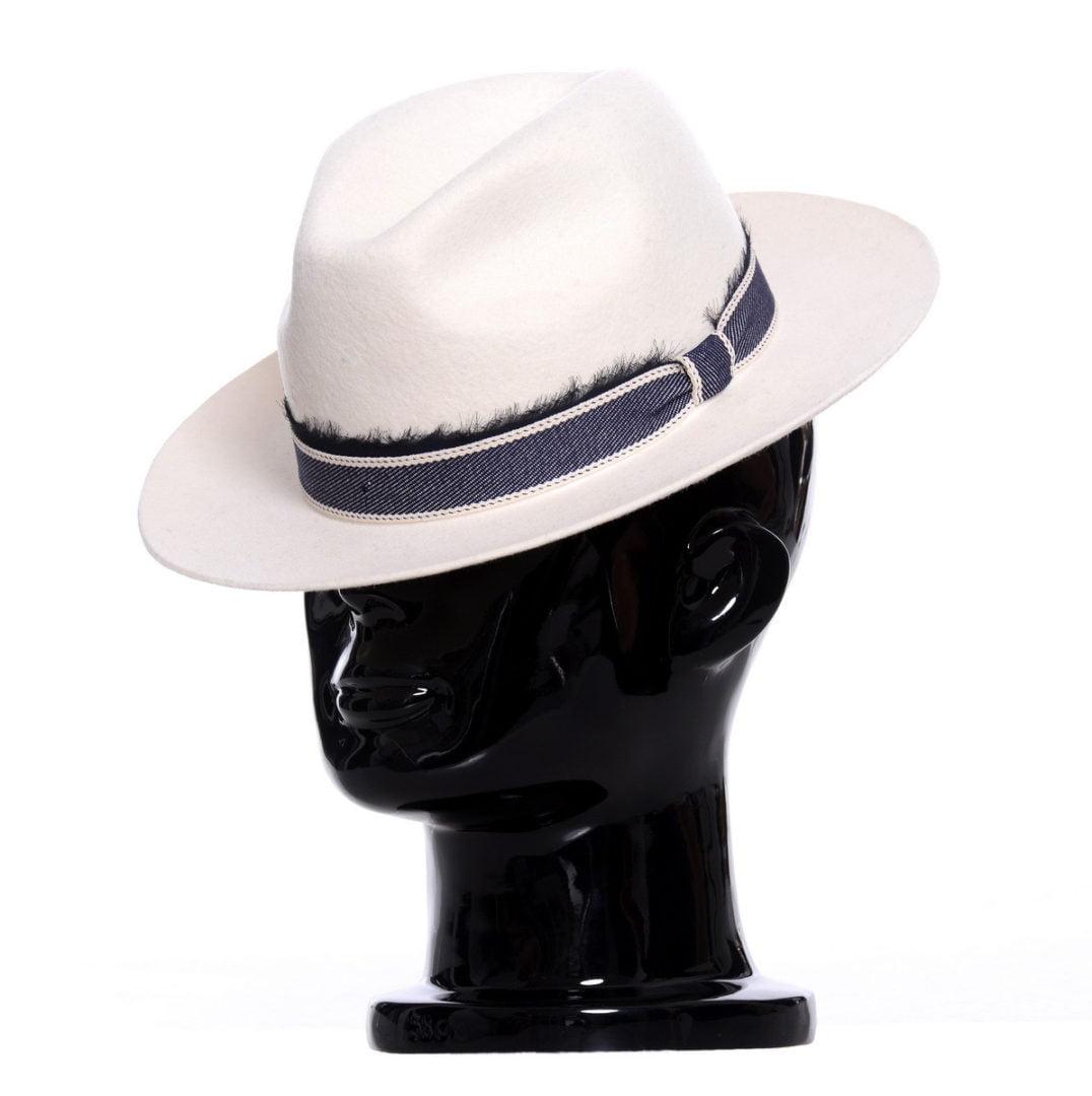 Pălărie LA, alba