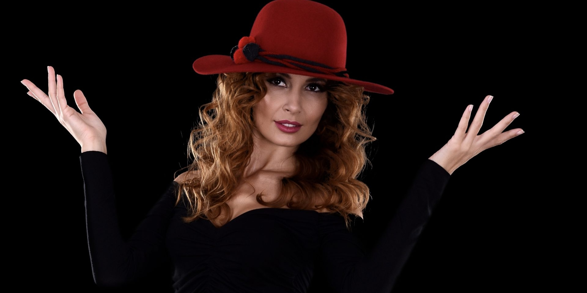 M-am îndrăgostit de o pălărie în stil spaniol, făcută de un italian, când eram în Hong Kong