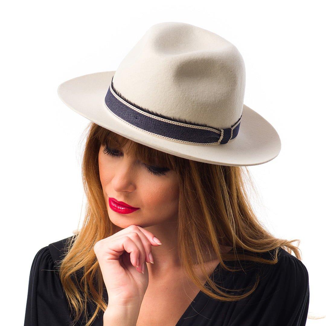 Pălărie LA, albă, fetru lana