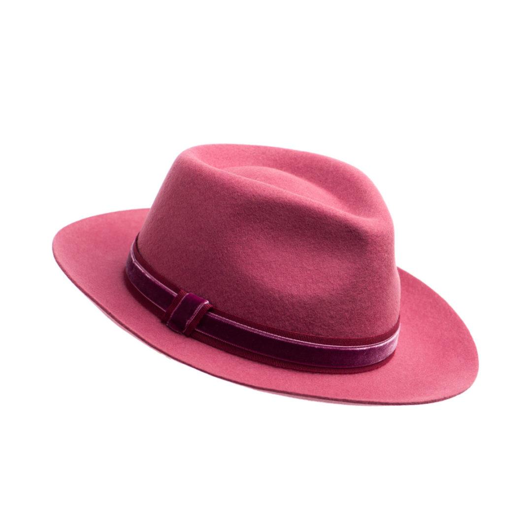 Palarie Fun roz inchis