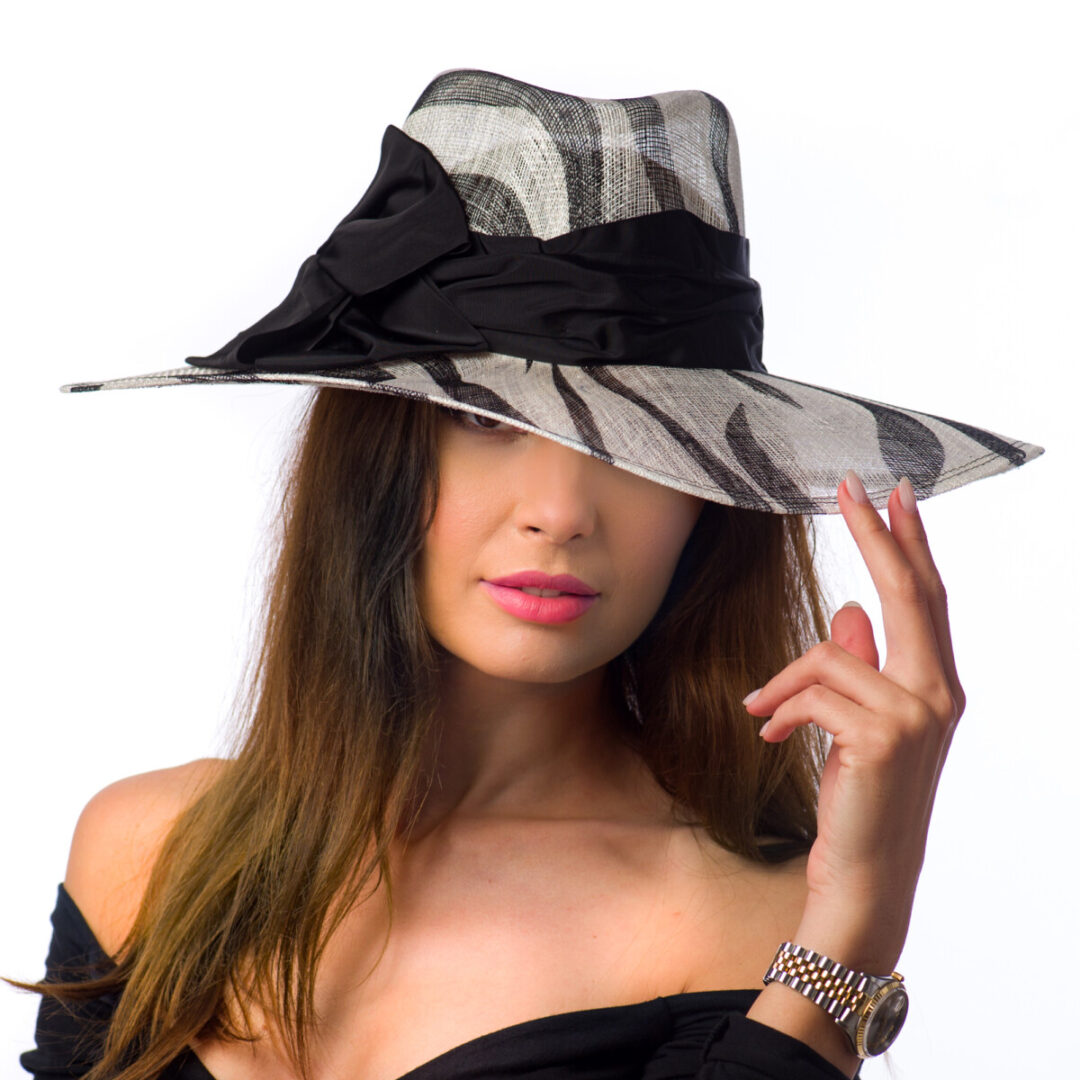Palarie Clara, bianco/nero
